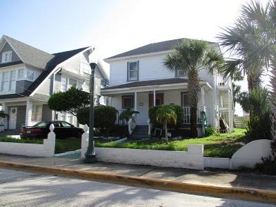 Volusia County Multi Family Home For Sale: 13 S Oleander Avenue
