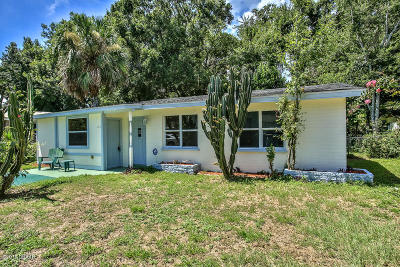 Daytona Beach Single Family Home For Sale: 121 Azalea Drive