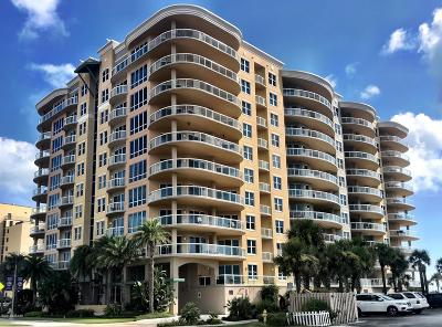 Daytona Beach Condo/Townhouse For Sale: 3703 S Atlantic Avenue #504