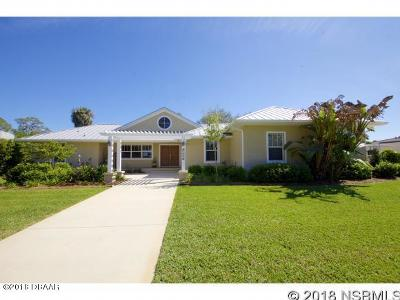New Smyrna Beach Single Family Home For Sale: 1809 Bayview Drive