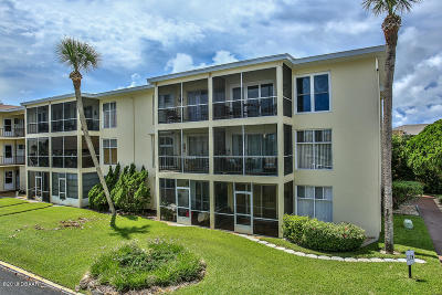 Volusia County Condo/Townhouse For Sale: 717 S Beach Street #101C