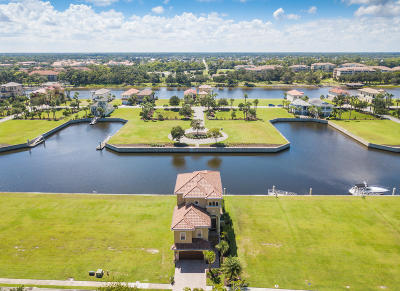 Palm Coast Single Family Home For Sale: 274 N Harbor Village Point