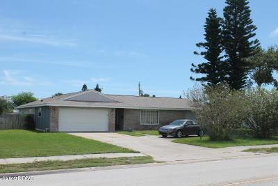 Daytona Beach Single Family Home For Sale: 2804 N Halifax Avenue