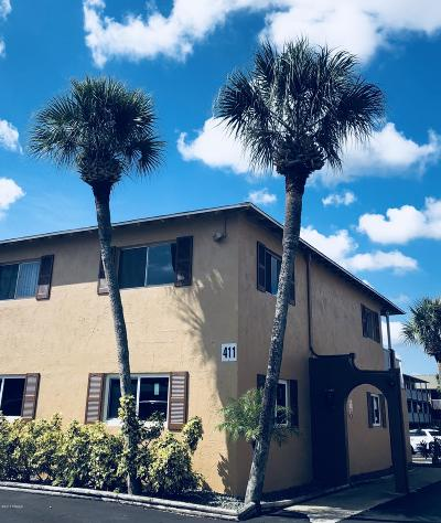 Daytona Beach Condo/Townhouse For Sale: 411 N Halifax Avenue #104