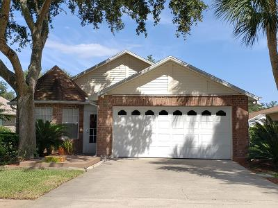 Volusia County Single Family Home For Sale: 36 Old Macon Drive