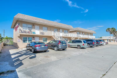 Daytona Beach Shores Condo/Townhouse For Sale: 3724 S Atlantic Avenue #2