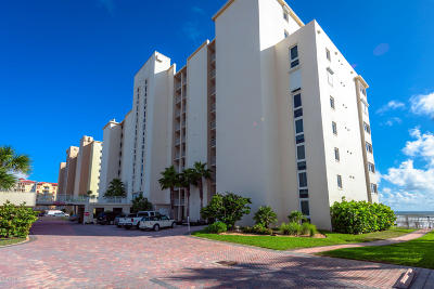 Daytona Beach Shores Condo/Townhouse For Sale: 3831 S Atlantic Avenue #702