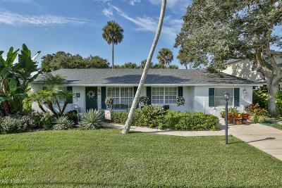 New Smyrna Beach Single Family Home For Sale: 4622 Saxon Avenue