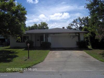 Ormond Beach Single Family Home For Sale: 476 S Halifax Drive