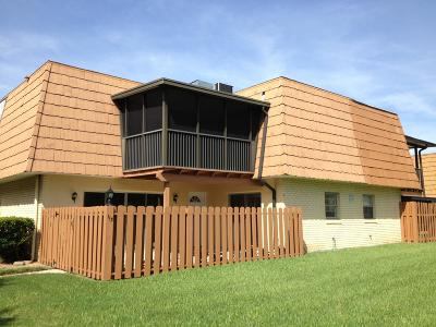 Volusia County Attached For Sale: 113 Moonstone Court