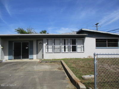 Daytona Beach Single Family Home For Sale: 1201 Essex Road