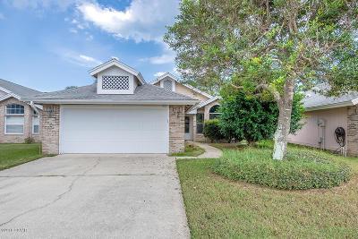 Port Orange Single Family Home For Sale: 922 Smokerise Boulevard