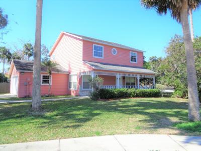 Volusia County Single Family Home For Sale: 52 S Center Street