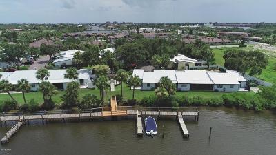 New Smyrna Beach Condo/Townhouse For Sale: 40 Jacaranda Cay Court #400