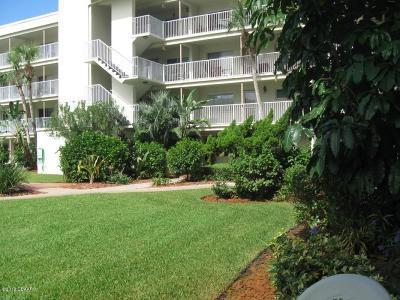 Daytona Beach Condo/Townhouse For Sale: 2711 N Halifax Avenue #191
