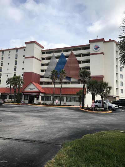 Daytona Beach Condo/Townhouse For Sale: 701 S Atlantic Avenue #404