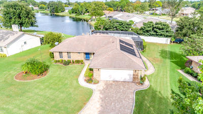 Port Orange Single Family Home For Sale: 854 Chickadee Drive