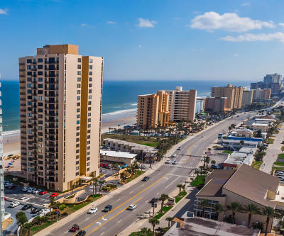 Daytona Beach Shores Condo/Townhouse For Sale: 3051 S Atlantic Avenue #1402