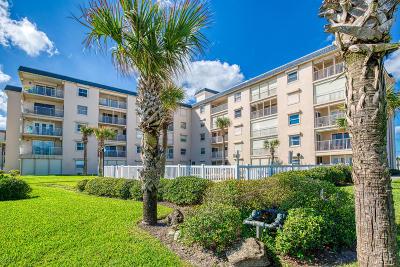 Ormond Beach Condo/Townhouse For Sale: 2294 Ocean Shore Boulevard #2060