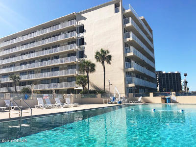 Daytona Beach Shores Condo/Townhouse For Sale: 2043 S Atlantic Avenue #210