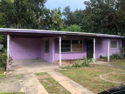 New Smyrna Beach Single Family Home For Sale: 207 S Myrtle Avenue