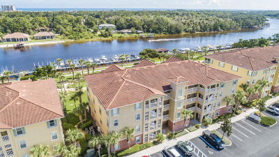 Palm Coast Condo/Townhouse For Sale: 600 Canopy Walk Lane #631