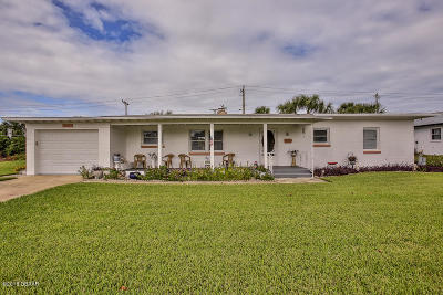 Ormond Beach Single Family Home For Sale: 215 Benjamin Drive