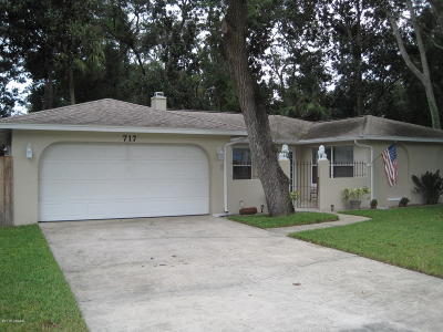 Ormond Beach Single Family Home For Sale: 717 W Lindenwood Circle