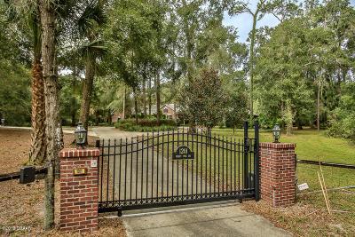 Orange City  Single Family Home For Sale: 1201 Heart Pine Drive
