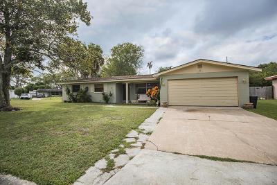 South Daytona Single Family Home For Sale: 2212 Anastasia Drive