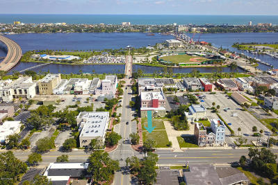 Volusia County Residential Lots & Land For Sale: 145 E Magnolia Avenue