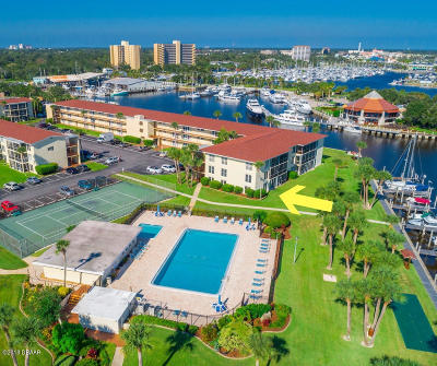Volusia County Condo/Townhouse For Sale: 715 S Beach Street #101D