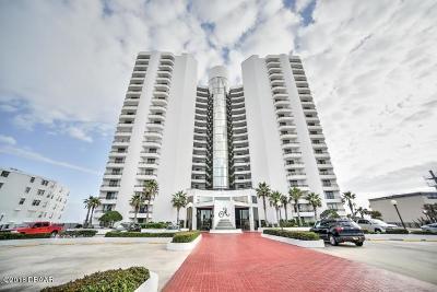 Daytona Beach Condo/Townhouse For Sale: 3757 S Atlantic Avenue #702