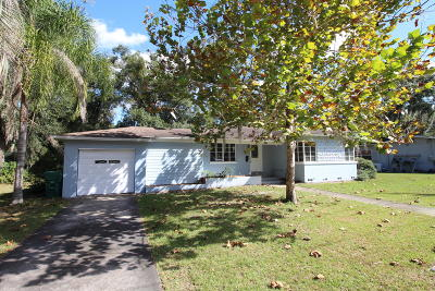 Deland Single Family Home For Sale: 215 S High Street