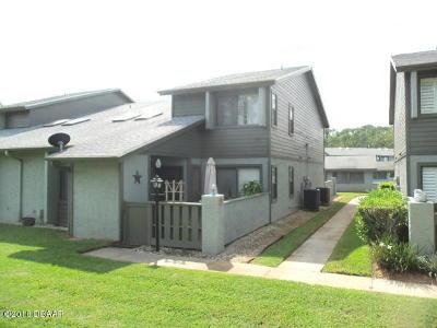 Ormond Beach Condo/Townhouse For Sale: 240 Orange Grove Drive #B