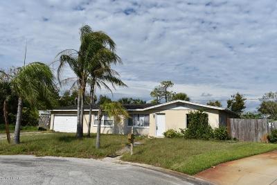 Daytona Beach Single Family Home For Sale: 1656 Lawrence Circle