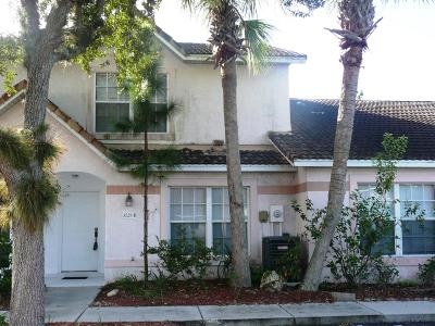 Volusia County Attached For Sale: 3528 Forest Branch Drive #D