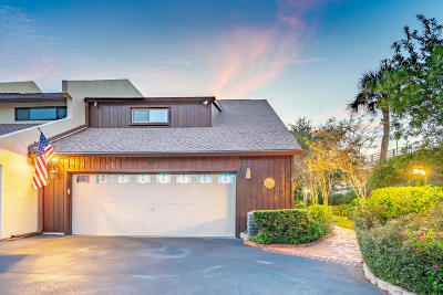 Daytona Beach Condo/Townhouse For Sale: 437 N Halifax Avenue #90