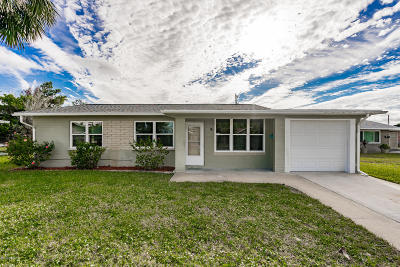Volusia County Single Family Home For Sale: 9 Tropical Drive