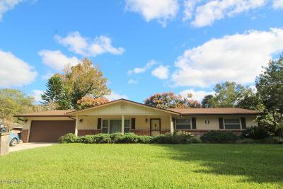 Volusia County Single Family Home For Sale: 220 Greenbriar Avenue