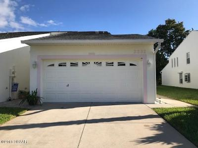 Volusia County Attached For Sale: 2232 Deerwood Drive