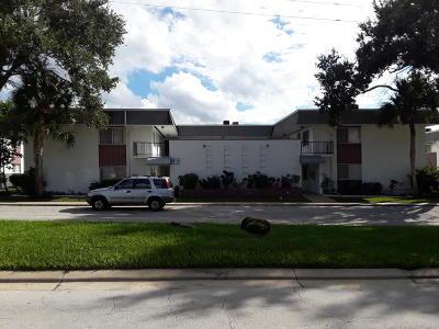 South Daytona Condo/Townhouse For Sale: 305 Ridge Boulevard #213
