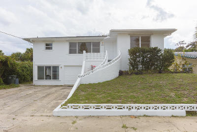 Daytona Beach Single Family Home For Sale: 424 Poinsettia Road