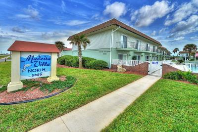 Ormond Beach Condo/Townhouse For Sale: 2820 Ocean Shore Boulevard #26