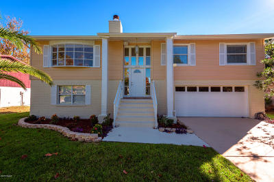 Daytona Beach Single Family Home For Sale: 1660 E Paradise Lane