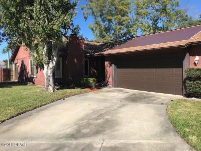 Single Family Home For Sale: 58 Windrift Court