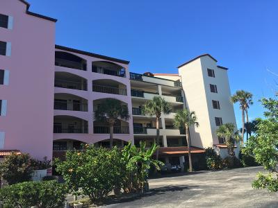 Daytona Beach Condo/Townhouse For Sale: 734 Marina Point Drive #7340