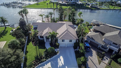 New Smyrna Beach Single Family Home For Sale: 444 Quay Assisi