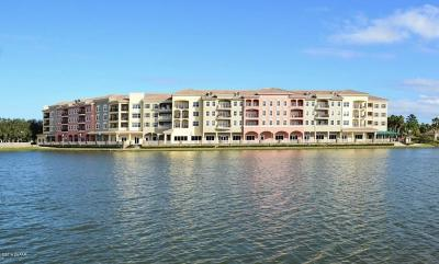 New Smyrna Beach Condo/Townhouse For Sale: 424 Luna Bella Lane #423