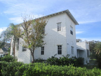 Volusia County Multi Family Home For Sale: 424 Riverview Boulevard